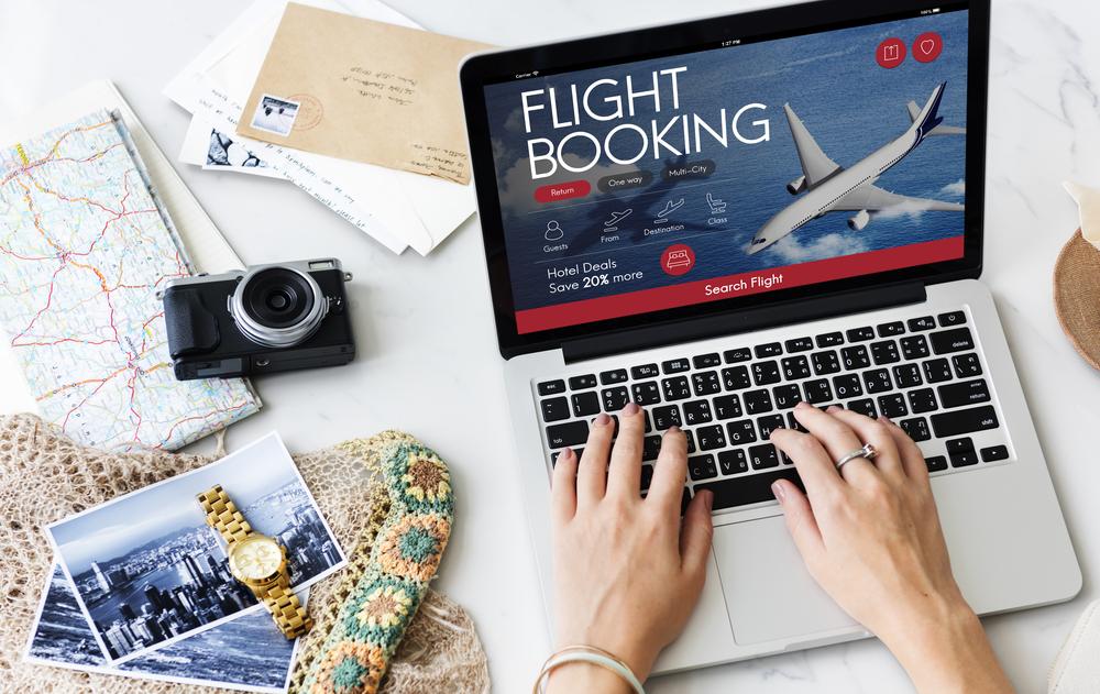 航空券と滞在先の手配